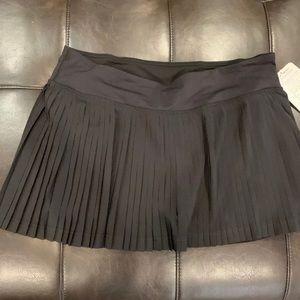 NWT Lululemon Pleat to Street II Skirt